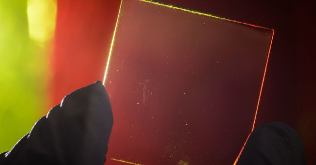 <a href=http://feedproxy.google.com/~r/greenstyle/~3/xkpHeoFz9pk/fotovoltaico-arriva-il-solare-trasparente-per-schermi-e-finestre-106838.html class=