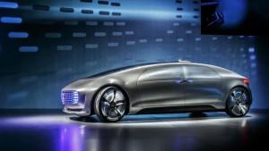 <a href=http://www.veicolielettricinews.it/mercedes-f-015-viaggio-nel-futuro-della-guida-autonoma-ed-ecologica/ class=
